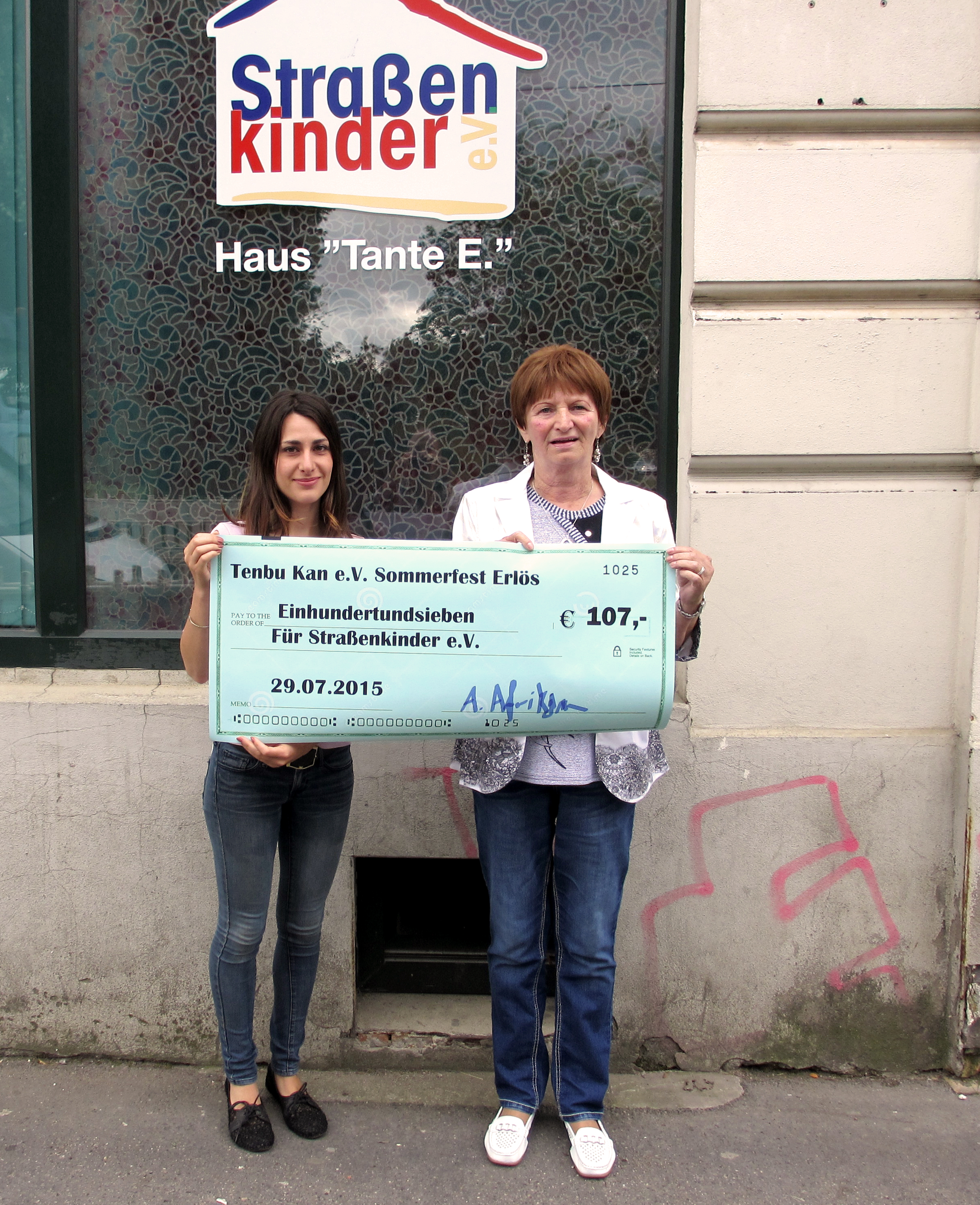 Spendenübergabe - Straßenkinder Leipzig